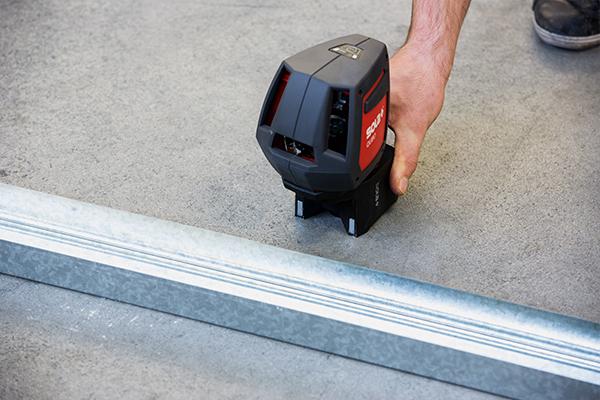kuchenschranke abhangen : SOLA QUBO Linienlaser Kreuzlinienlaser Linien-Punkt-Laser professional ...