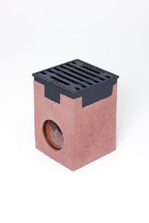 Hofablauf 30 x 30 beton